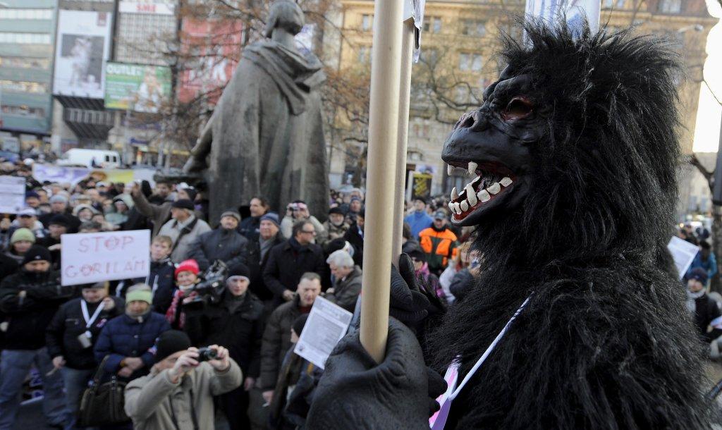 Zverejnenie spisu Gorila na internete vytiahlo do ulíc tisícky demonštrantov. Foto - TASR