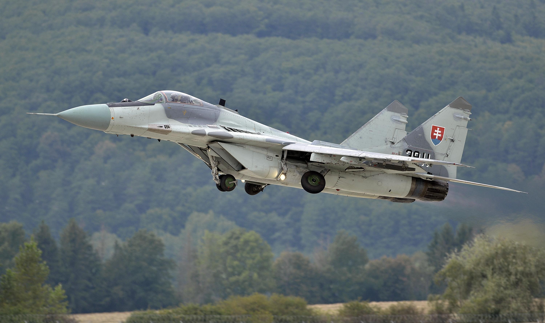 Slovensko prevádzkuje 12 lietadiel MiG-29. Až donedávna ale bola letuschopná menej než polovica. Foto -TASR
