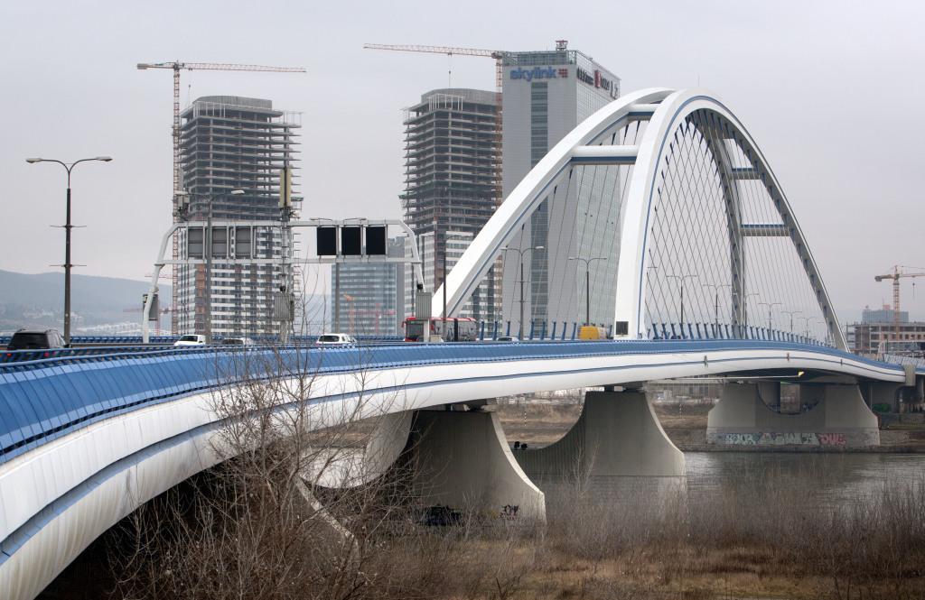 Apollo. Most dokončený v roku 2005. Dĺžka 835 metrov. Rozpätie 231 metrov. Foto N - Tomáš Benedikovič