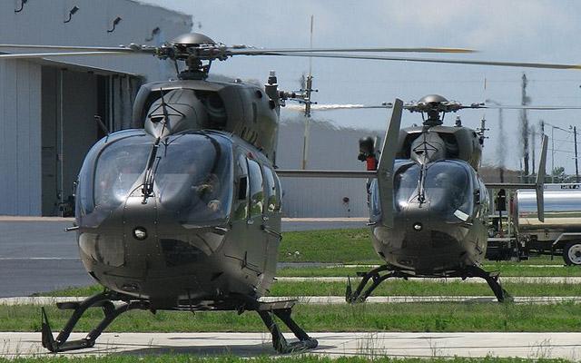 Eurocopter UH-72A Lakota. Prepravná kapacita: 9 vojakov, 1793 kg. Dolet: 685 km. Maximálna rýchlosť: 269 km/h