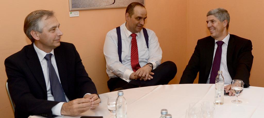 Ján Figeľ, Pavol Frešo a Béla Bugár mali spoločného kandidáta na prezidenta. Pavol Hrušovský bol však prepadákom a odvtedy už k sebe nemajú tak blízko. Foto - archív Tasr