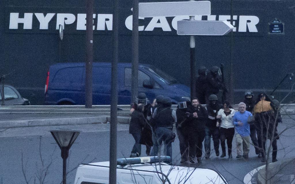 Záver rukojemníckej drámy v Paríži. FOTO - TASR