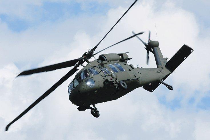 Sikorsky S-70i Black Hawk:                         Prepravná kapacita: 12 vojakov, 4072 kg. Dolet: 463 km   Maximálna rýchlosť: 361 km/h