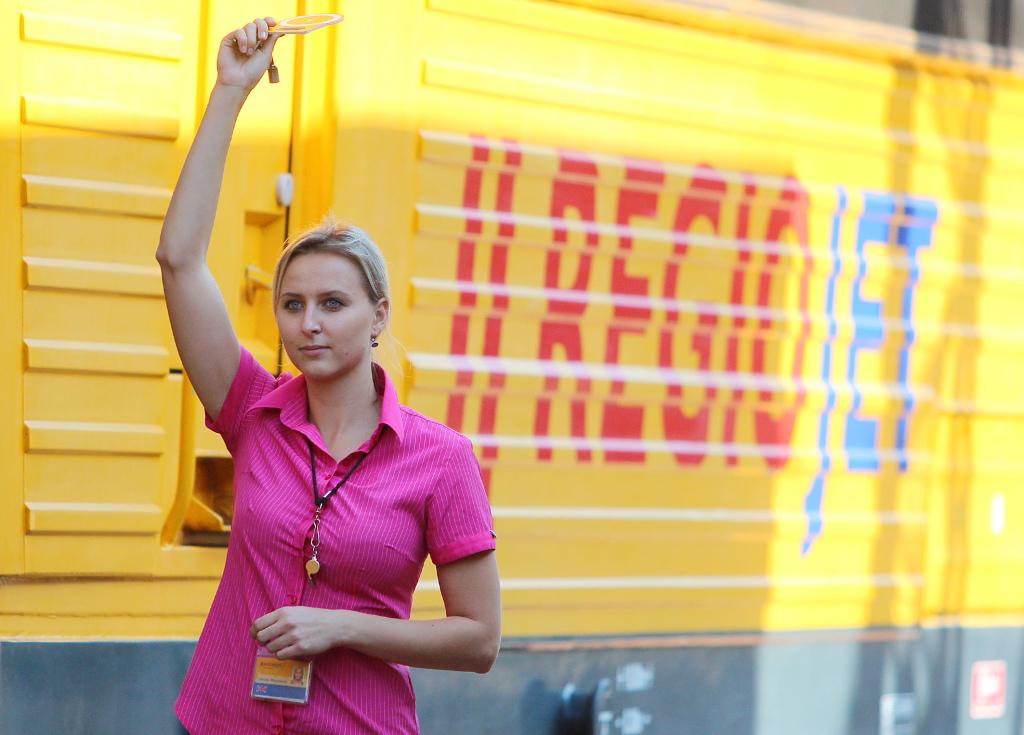 RegioJet dúfal, že štátneho dopravcu preválcuje cenami stewardkami, bezplatnými nápojmi a cenami od deväť eur. Napriek tomu však mieri do straty. Foto - TASR