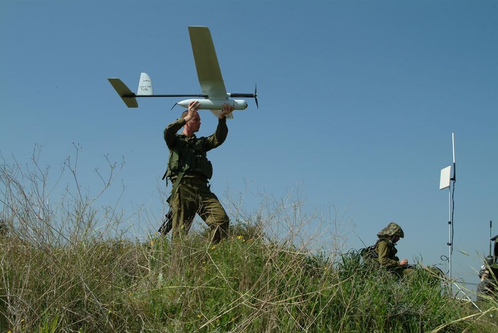 Bezpilotné lietadielka Skylark od izraelskej firmy Elbit využíva viacero armád vrátane slovenskej. Foto -  Defense Industry Daily