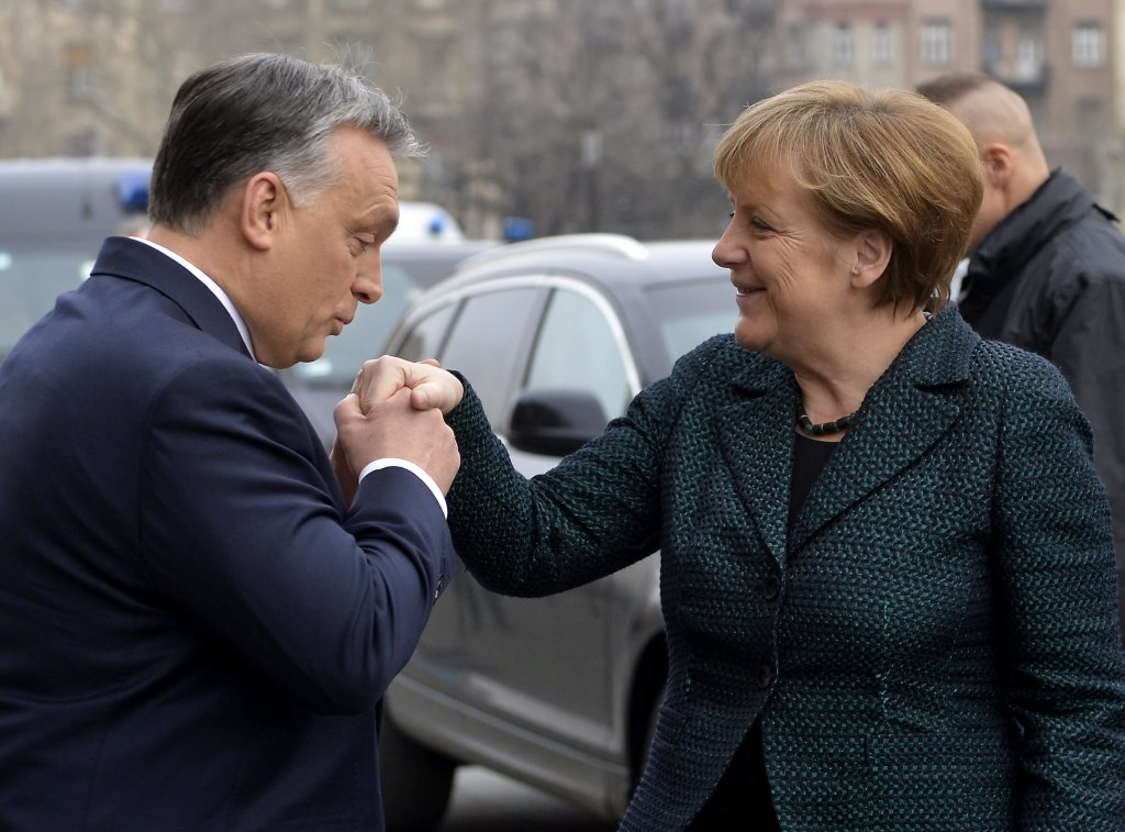 Viktor Orbán a Angela Merkelová. Foto - TASR