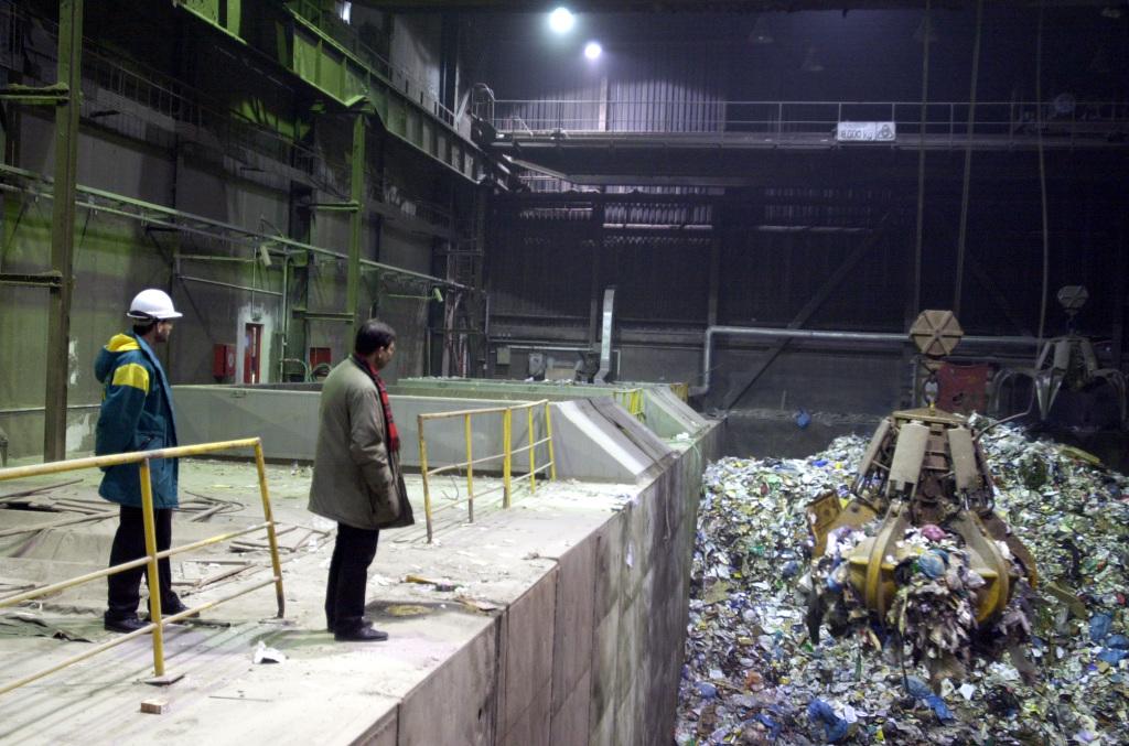 SR, Bratislava, spa¾ovòa, odpadová jama,