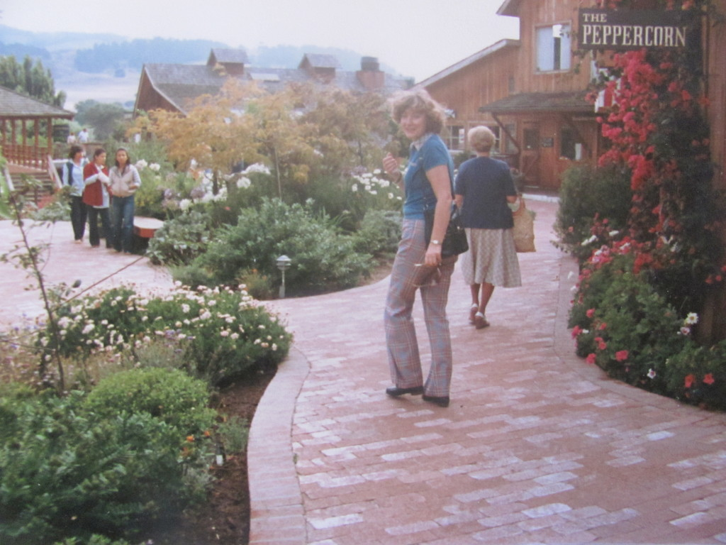 Jiřina Strednanská v Monterey. Foto - Post Bellum