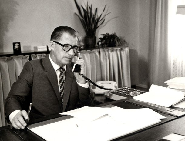 predseda vlády ÈSSR Lubomír Štrougal archívna snímka Èeskoslovenská socialistická republika