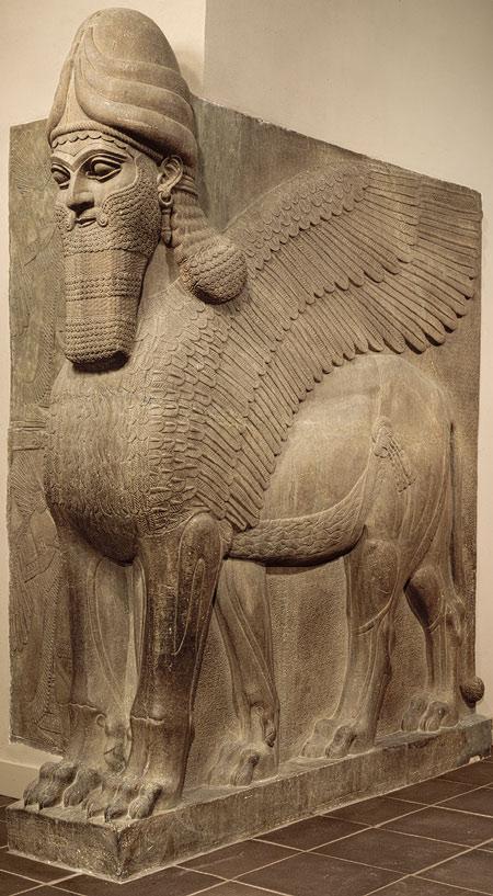 Lamassu - okrídlený lev s piatimi nohami. FOTO - Metropolitan museum of art.