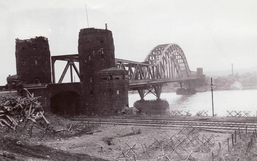 Ludendorffov most pri Remagene.  Foto - Wikimedia