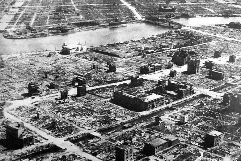Zničené Tokio po bombardovaní. Foto - Wikimedia/CC