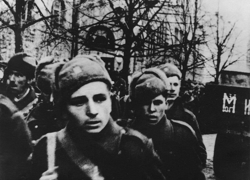 Vojaci v Mikuláši.