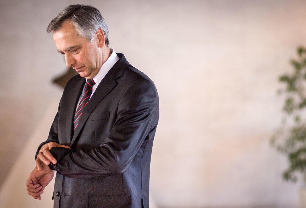 V pléne odvolávajú Jána Figeľa, ten do sály neprišiel. Foto N - Tomáš Benedikovič
