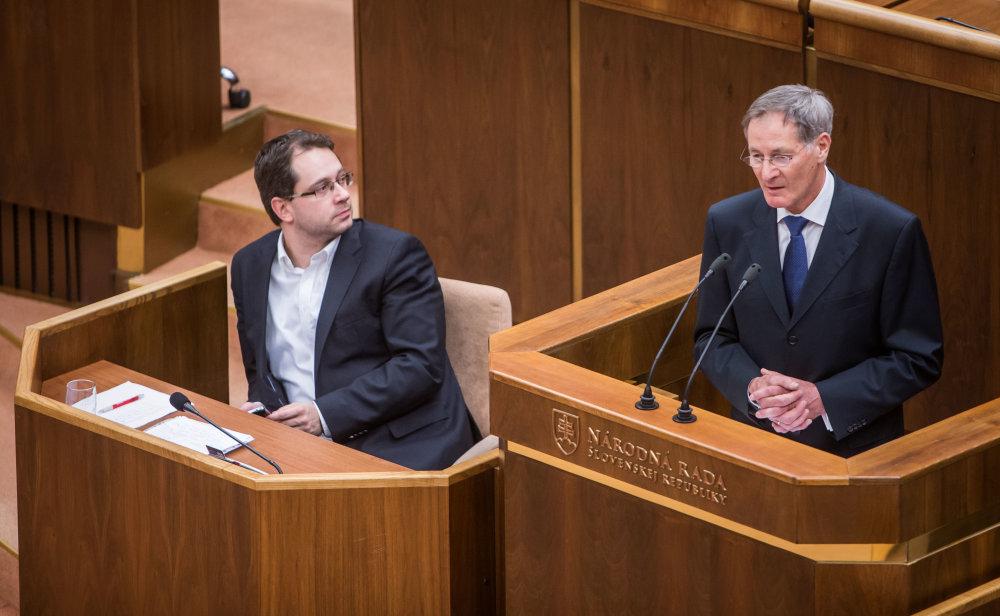 Hrušovský sa zastáva Figeľa. Foto N - Tomáš Benedikovič