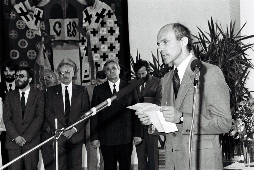 Zľava - Nagy, Klepáč, Čarnogurský. Foto - TASR