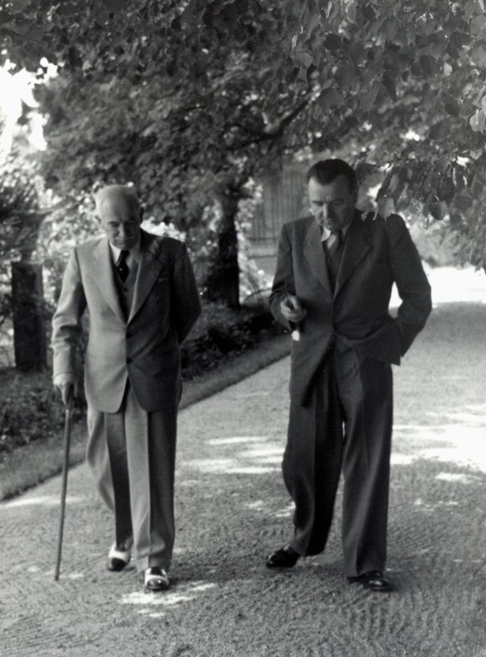 Jún 1947 a československý prezident Edvard Beneš a predseda vlády Klement Gottwald. FOTO - TASR