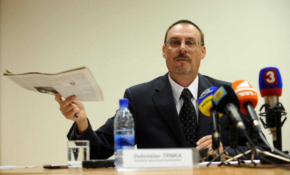 Dobroslav Trnka na tlačovke po úteku Karola Mella. FOTO - TASR