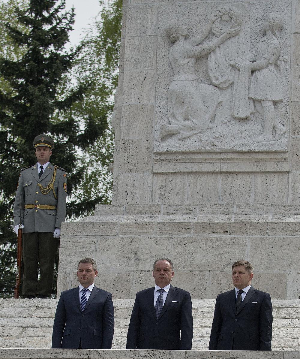 Premiér, prezident a predseda parlamentu v Liptovskom Mikuláši. Foto - TASR
