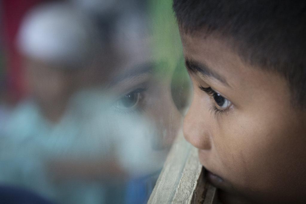 Z desaťročných Rohingov sa na ceste za lepším životom stávajú muži. FOTO - TASR/AP