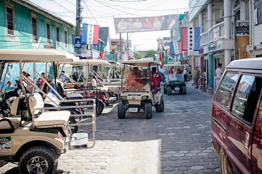 Spaľovacie motory sú na Belize zakázané. FOTO - TOMÁŠ FORRÓ