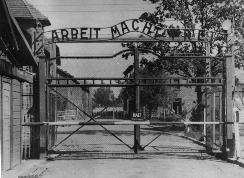 Brána do Osvienčimu. Foto - TASR