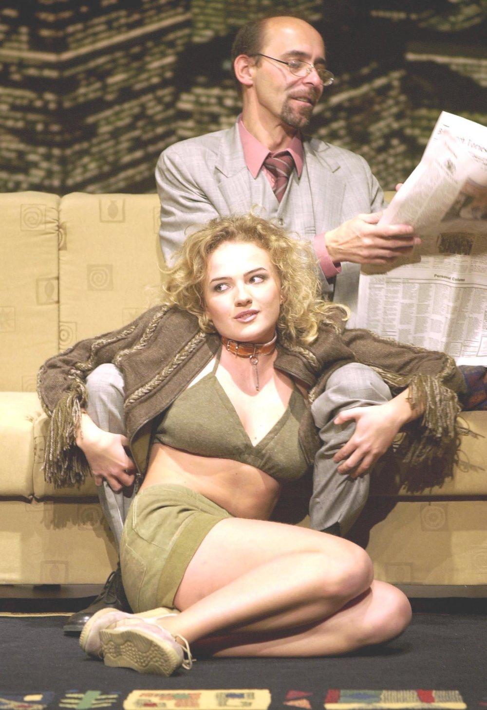 Zuzana Marošová v roku 2002 v divadle A. Bagara. FOTO - TASR