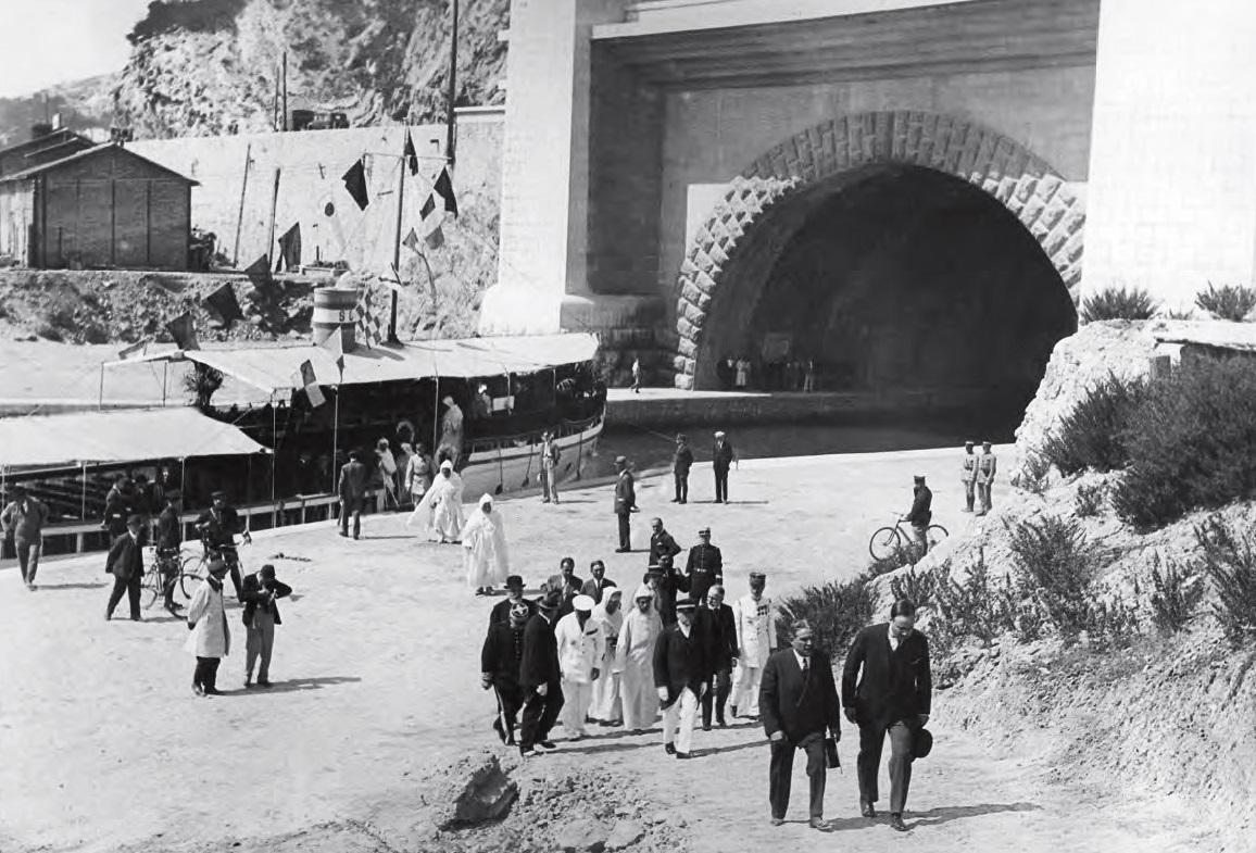 Technológia lodných tunelov je vo svete vyskúšaná. Príkladom je tunel pri Marseille, ktorý otvorili v roku 1927. Dnes už pre lodnú dopravu nefunguje. Foto - www.d-o-l.cz