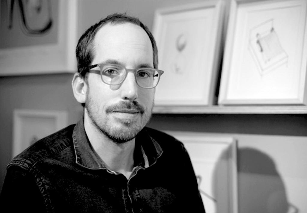 Grafický dizajnér, ilustrátor a umelec. Narodil sa v nemeckom Wainblingene, niekoľko rokov pôsobil v New Yorku, teraz pôsobí v Berlíne. Jeho kresby sa objavujú na titulkách The New Yorker, Time, Wired, The New York Times Magazine a American Illustration. Získal množstvo ocenení. V júli otvára samostatnú výstavu Drawing the Line vo viedenskom Múzeu úžitkového umenia.