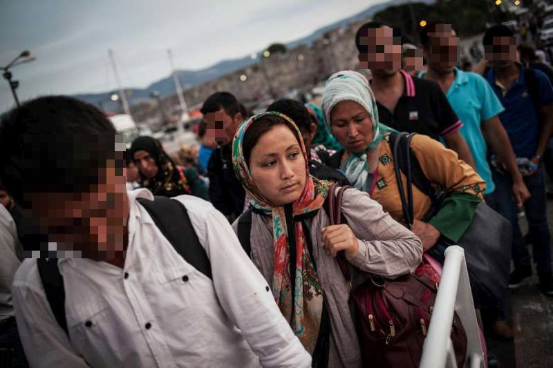 06-05-2015Greece_Migrants_censored