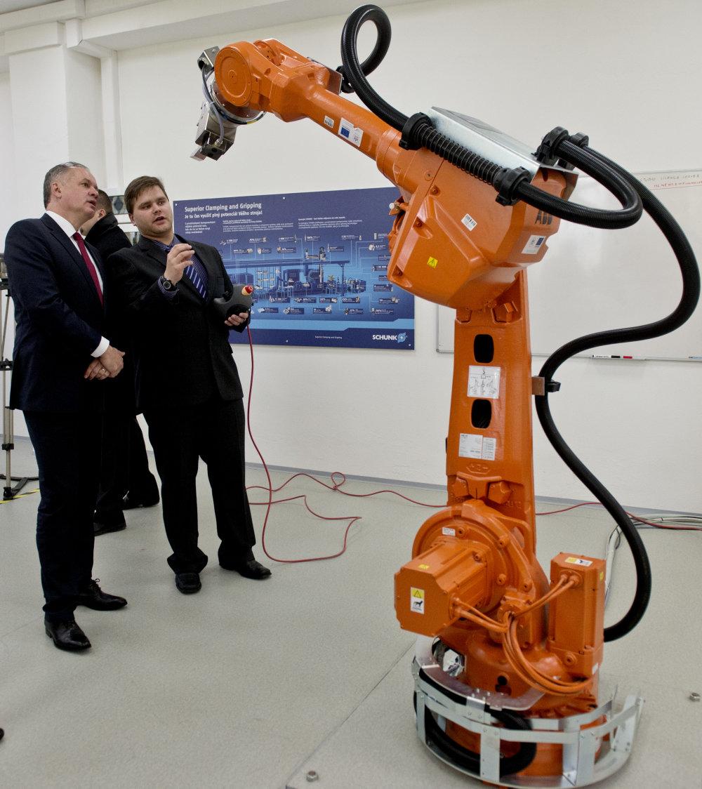 Na Slovenskej technickej univerzite v Bratislave. Foto – TASR