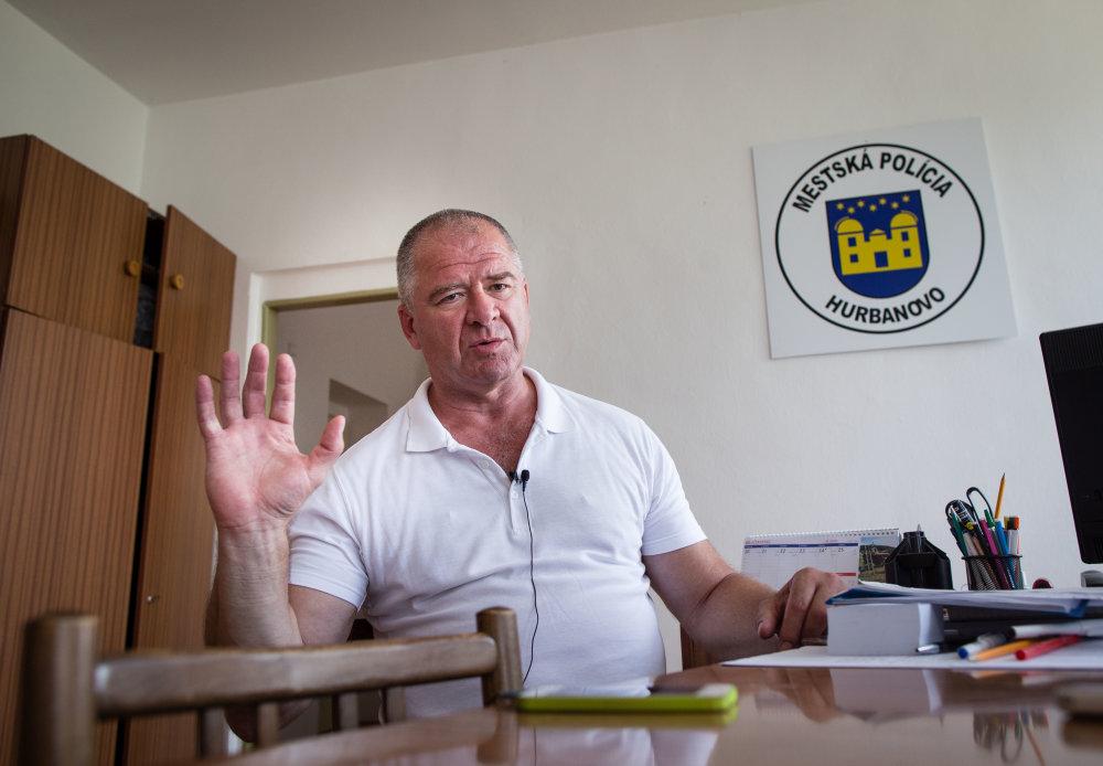Nový náčelník mestskej polície mesta Hurbanovo Štefan Major. Foto N - Tomáš Benedikovič