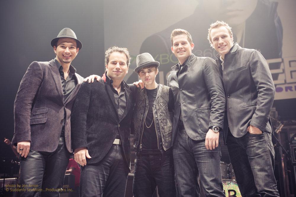 The Tenors s Justinom Bieberom. Zdroj: www.tenorsmusic.com