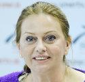 Predseda SMER-u Robert Fico predstavil 4. apríla 2013 v sídle strany v Bratislave kandidátku na post predsedu Bratislavského samosprávneho kraja (BSK) , ktorou je europoslankyňa Monika Flašíková-Beňová (na snímke). FOTO TASR - Pavel Neubauer