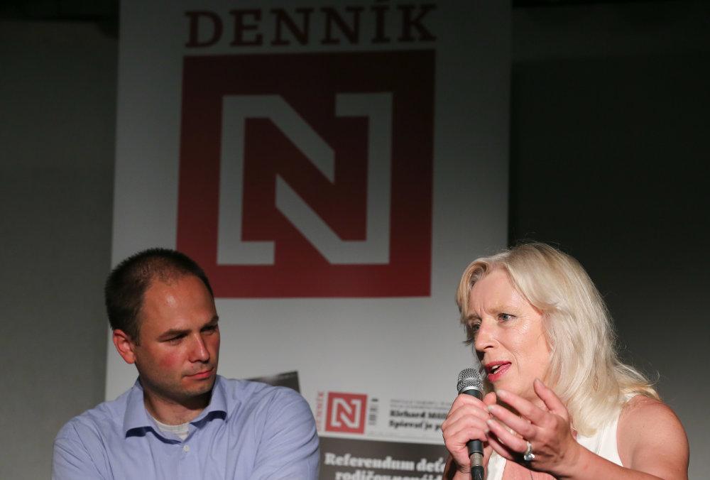 Moderátor debaty Lukáš Fila a expremiérka Iveta Radičová. Foto N - Tomáš Benedikovič