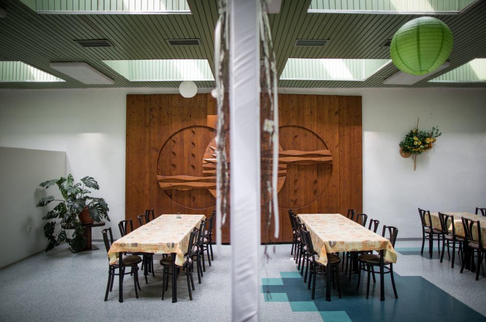 Chystajú už aj jedáleň. Foto N - Tomáš Benedikovič