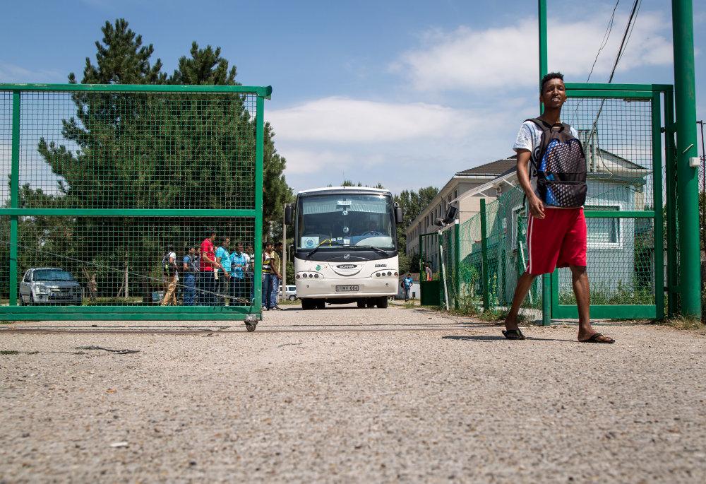 Utečenci v tábore pri Vámosszabadi. Foto N - Tomáš Benedikovič