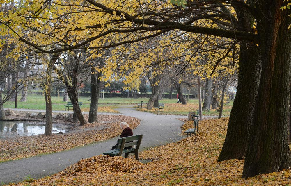 Jesenný park v košickej mestskej časti Barca. FOTO TASR - František Iván