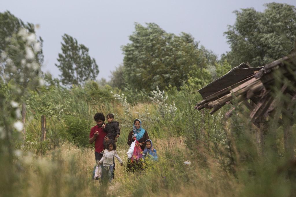 Utečenecká odysea: cez Balkán do Maďarska a potom ďalej na západ. FOTO  N - VLADIMÍR ŠIMÍČEK