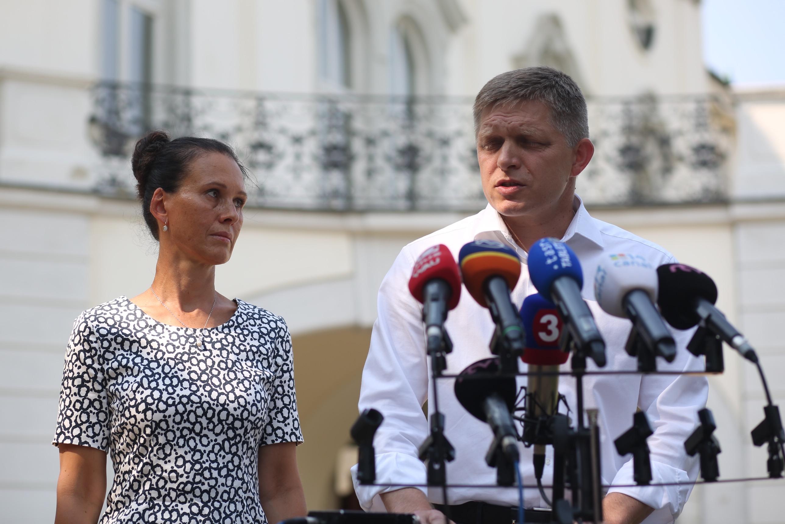 Matovič sľubuje dôkazy o účtoch Fica v Belize, premiér podal trestné oznámenie – Denník N