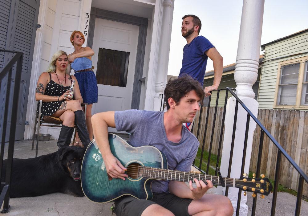 Títo štyria mladí Američania sa do New Orleans presťahovali v júni tohto roku. FOTO - WASHINGTON POST