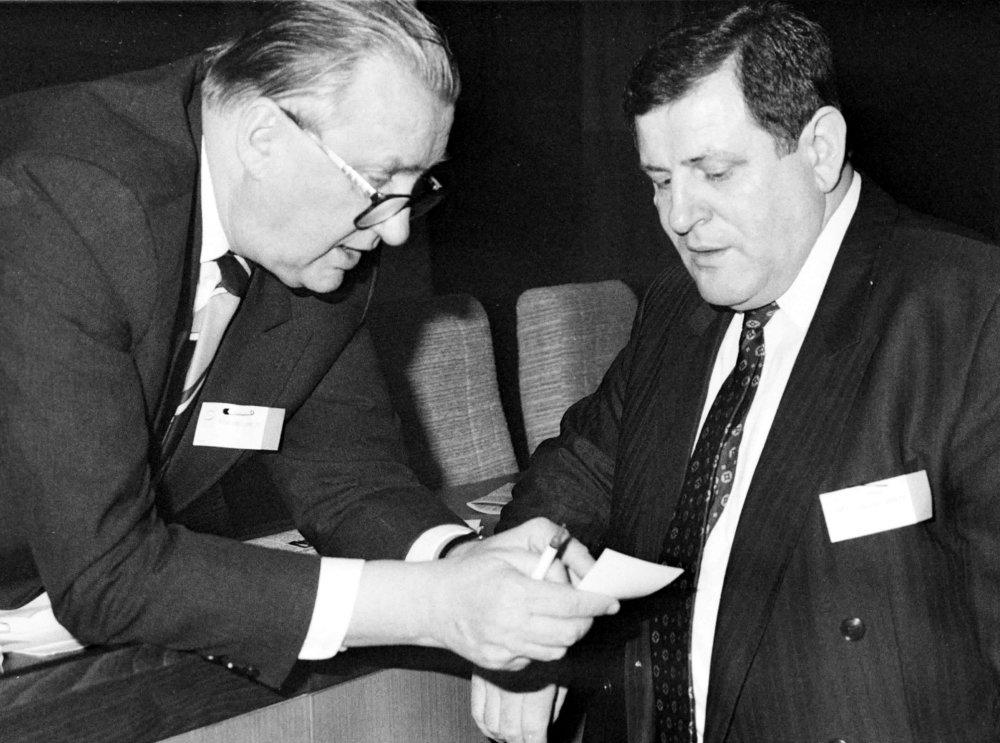 Michal Kováč s Vladimírom Mečiarom v roku 1992. Foto Tasr