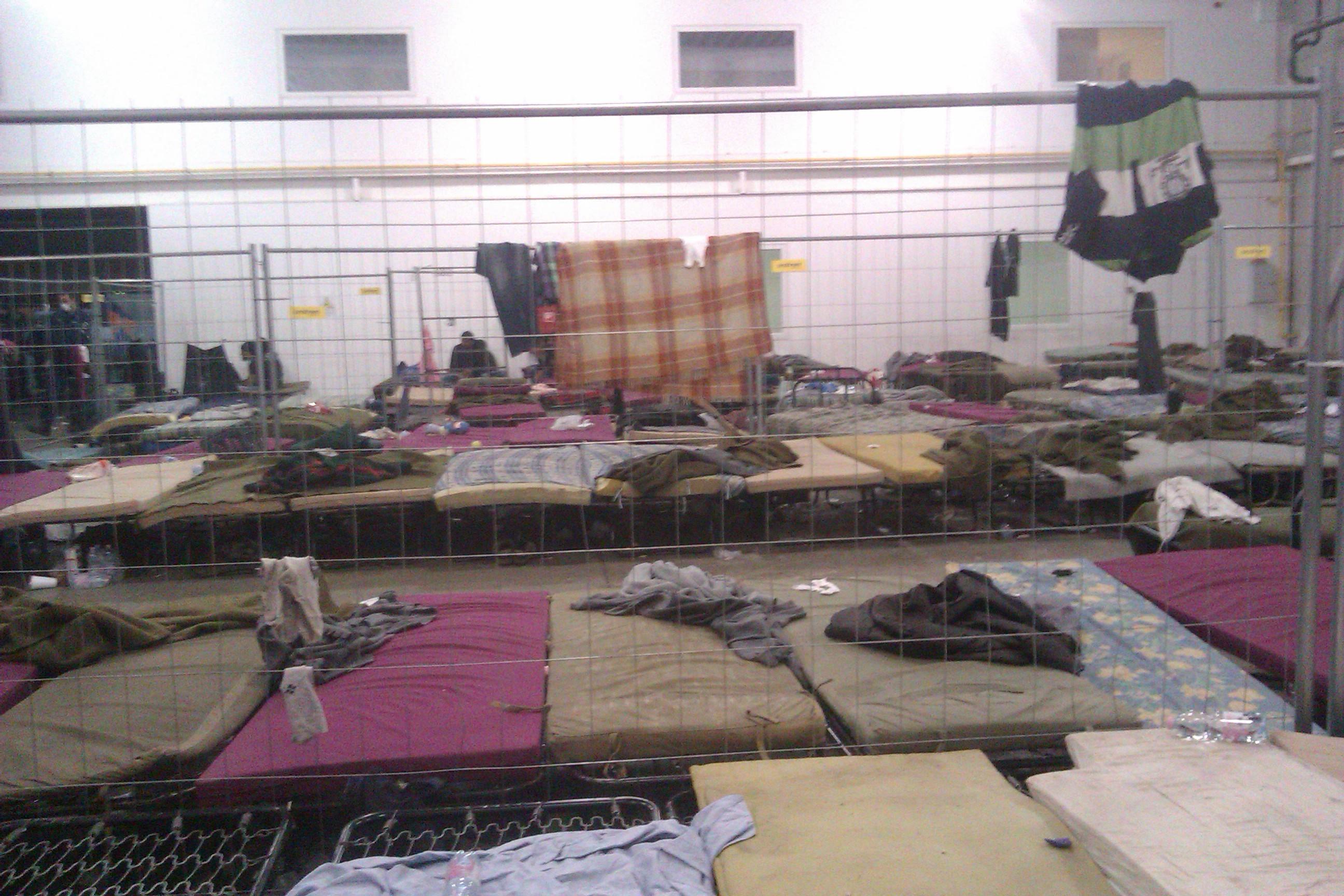 Ubytovacie zariadenie pre utečencov v tábore pri Rözske. FOTO - AUTORKA