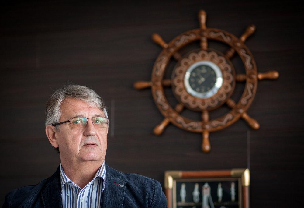 Jaroslav Pakan sa chcel najprv plaviť na mori, potom mu stačila aj rieka. Foto N - Tomáš Benedikovič