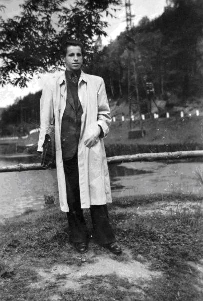 Viktor Dávid 1947