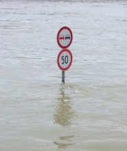 budapest-flood-1229982-640x480 (1)