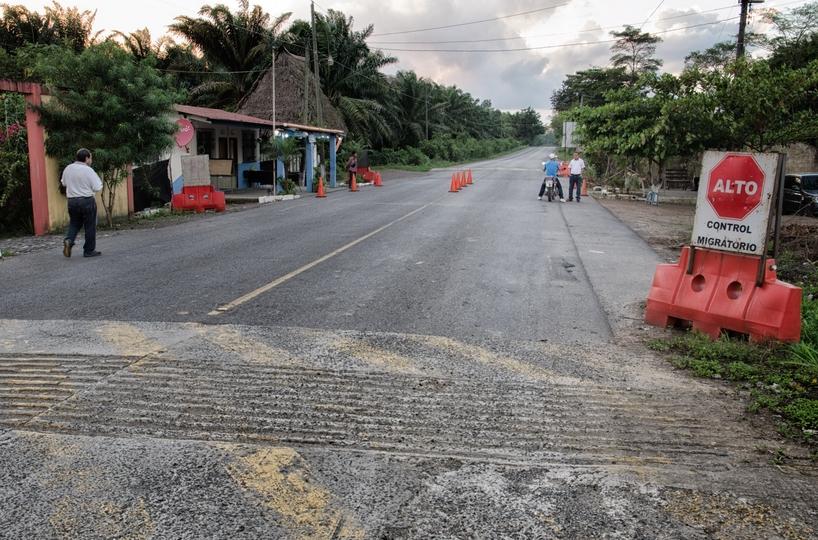 Guatemalské colné stanovisko. Foto - Tomáš Forró