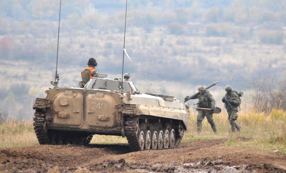 Podľa internej analýzy ozbrojených síl je až 70 percent pozemnej techniky za hranicou životnosti. Foto - TASR