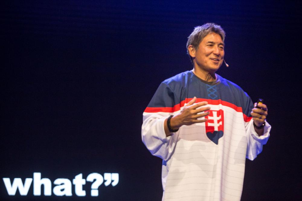 Guy Kawasaki bavil Bratislavu hodinovou one-man-show. Foto N - Vladimír Šimíček