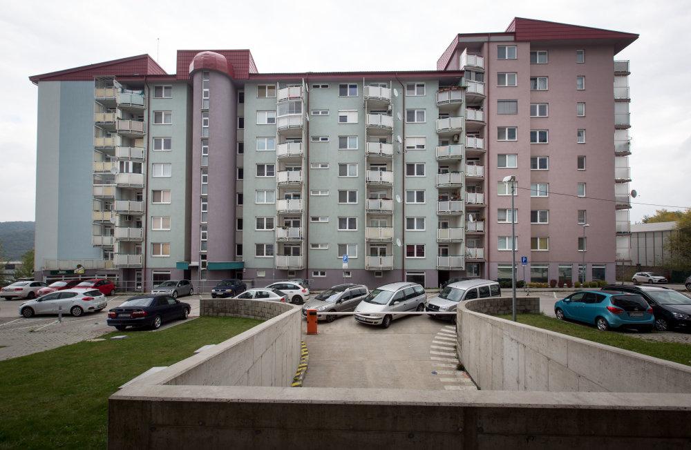 Bytový dom na Agátovej ulici. foto N - Tomáš Benedikovič